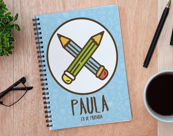 Cuaderno personalizado con nombre y diseño de lápices cruzados
