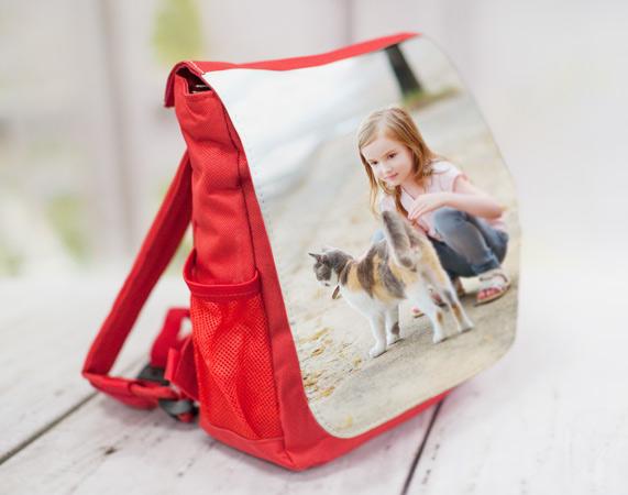 mochila roja personalizada con foto