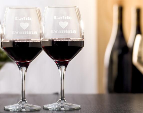 Copas de vino grabadas